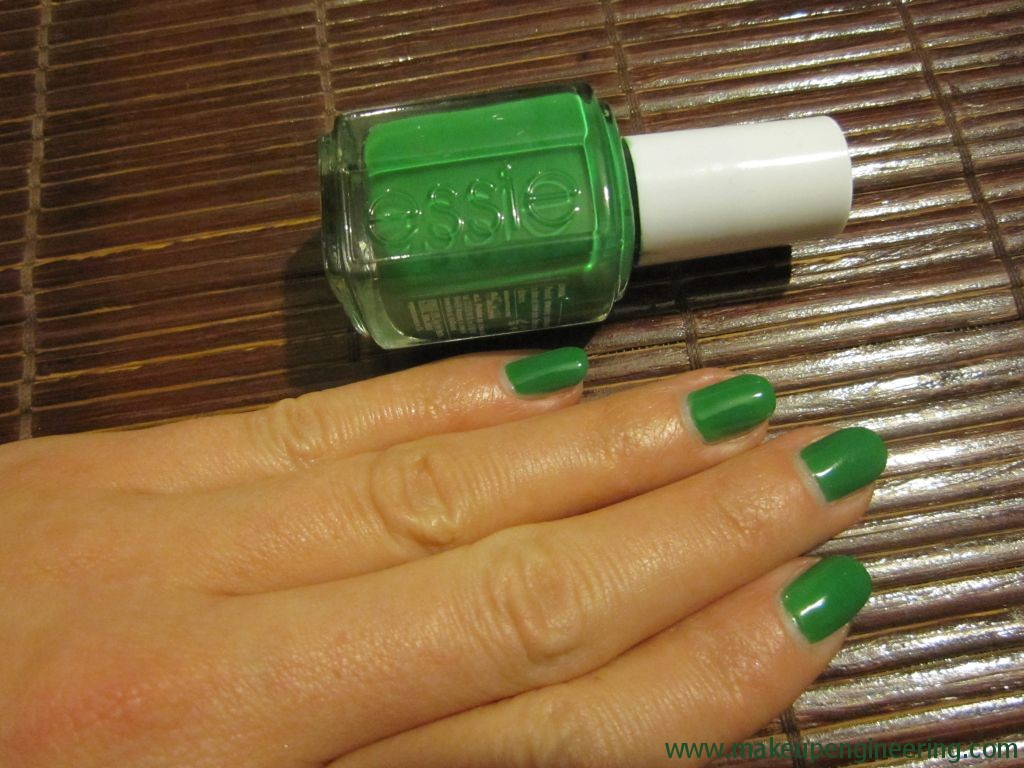 essie pretty edgy 4